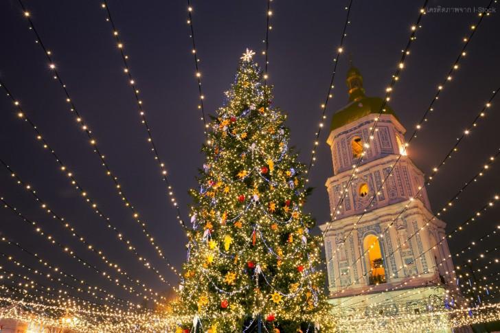 5 ทริคถ่ายตอนรูปกลางคืนสวยๆ ด้วยสมาร์ทโฟน ต้อนรับเทศกาลคริสต์มาสและปีใหม่ที่จะถึงนี้